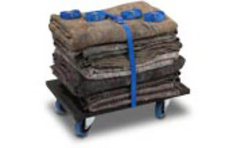 Verhuisset: 10 dekens, 6 spanbanden, 1 steekkar of rolkar